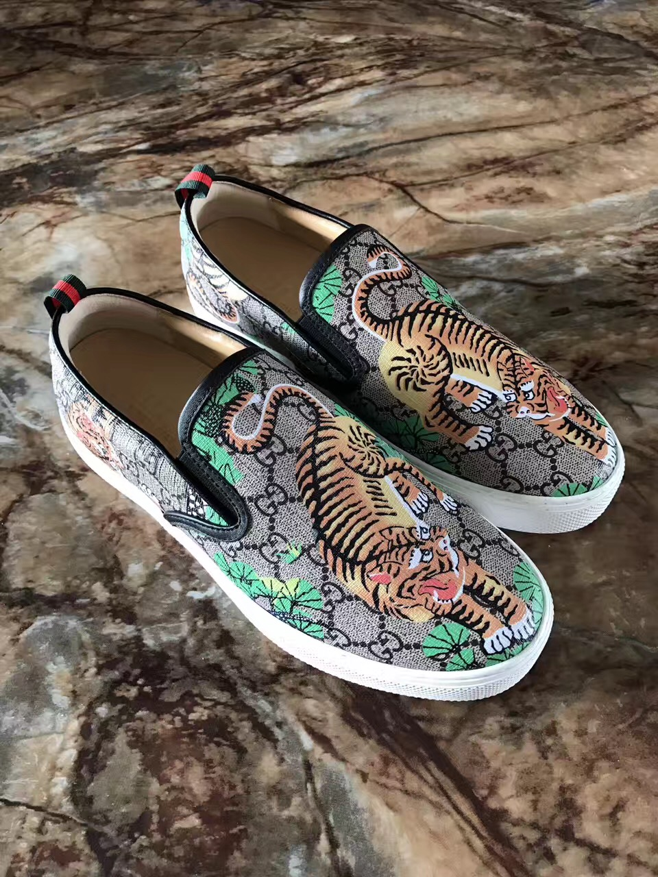 f075373f8a GUCCI SNAKE LOAFER SHOES – trap King store